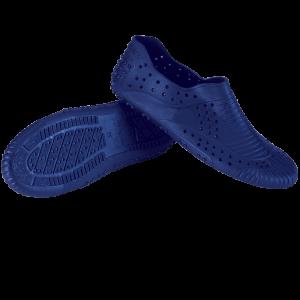 Morbide scarpe in pvc con trattamento sanitized, ideali per il bordo vasca e per praticare aquafitne