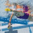 La paletta da nuoto BOLSTER incoraggia la posizione del gomito alto per una bracciata pi