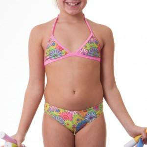 Costume due pezzi per bambina con top a triangolo, ideale per la piscina e la spiaggia. Passante al