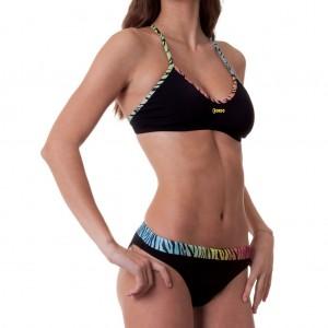 Costume donna 2 pezzi della linea Training, perfetto per nuotare e giocare a beach volley.