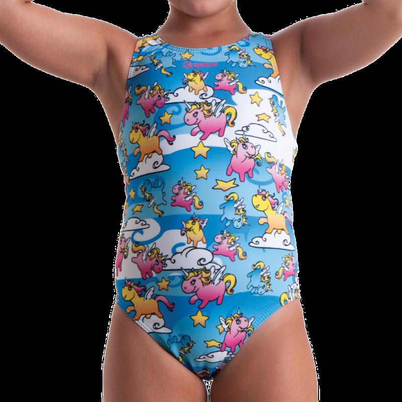 Costume intero da nuoto per bambina con stampa unicorni e stelline su fondo azzurro.